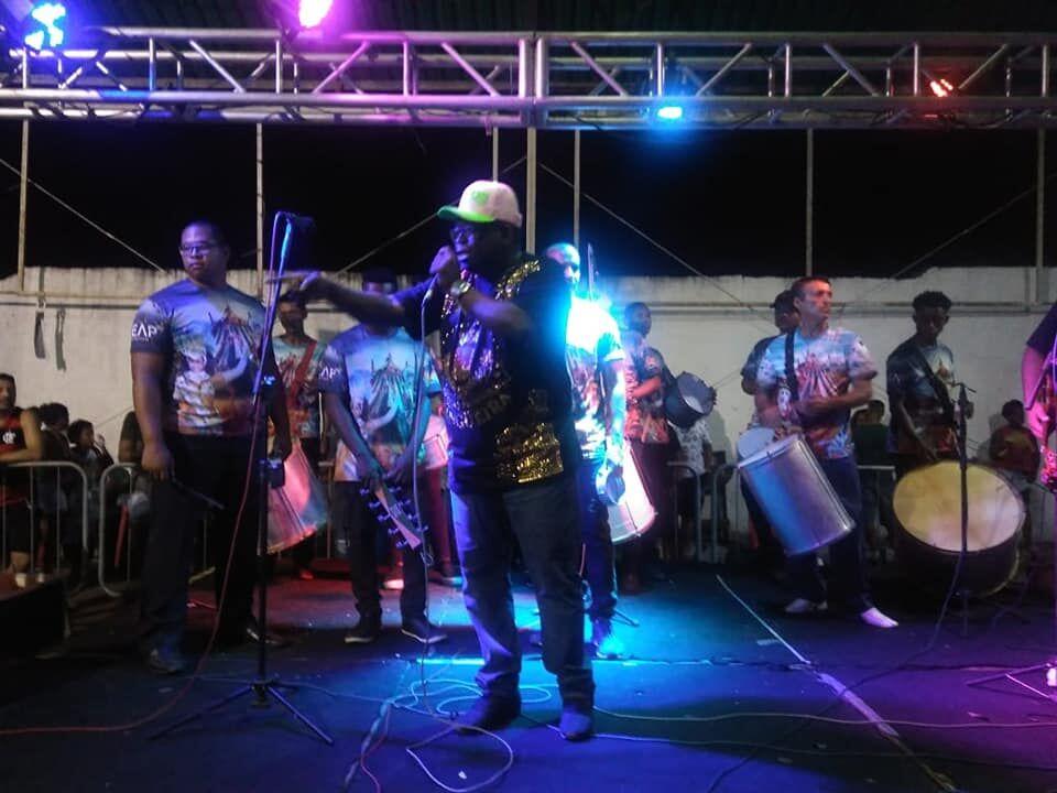 Barreira Samba Show