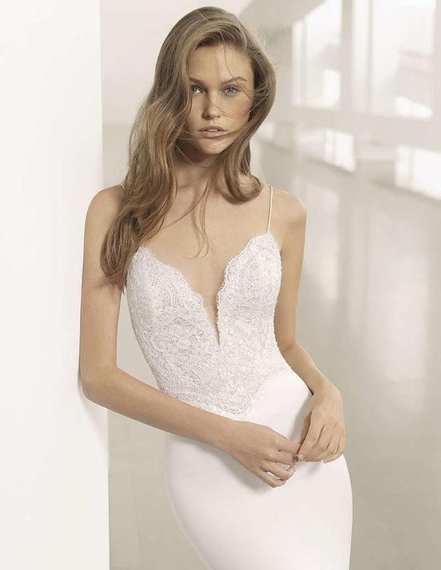 Rosa Clará - HKLES BRIDAL COUTURE