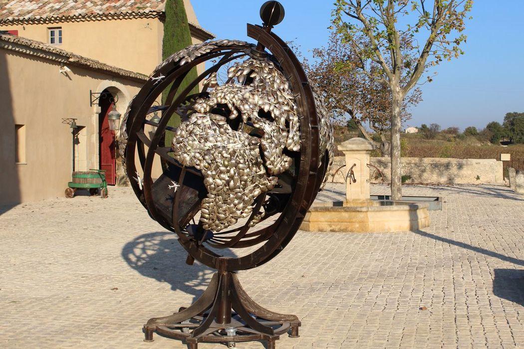 Le parcours d' oeuvres d'art au Domaine des Peyre séduira plus d'un invité