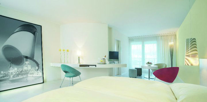 Beispiel: Zimmer, Foto: Seehotel Hermitage.
