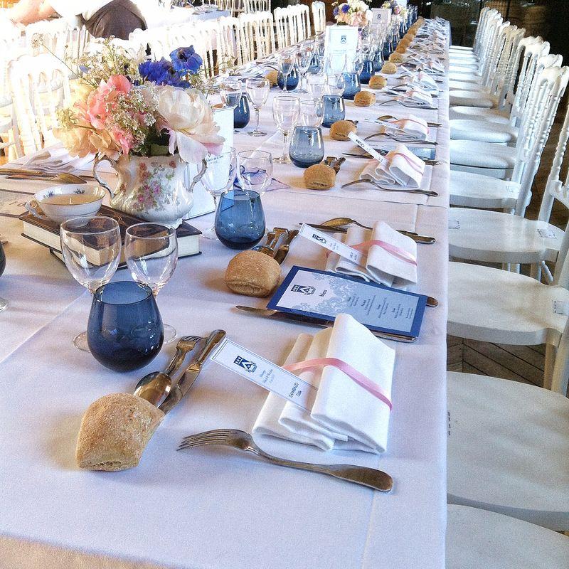 jules & moi - Décoration de table de mariage. La table banquet est en vogue cette année