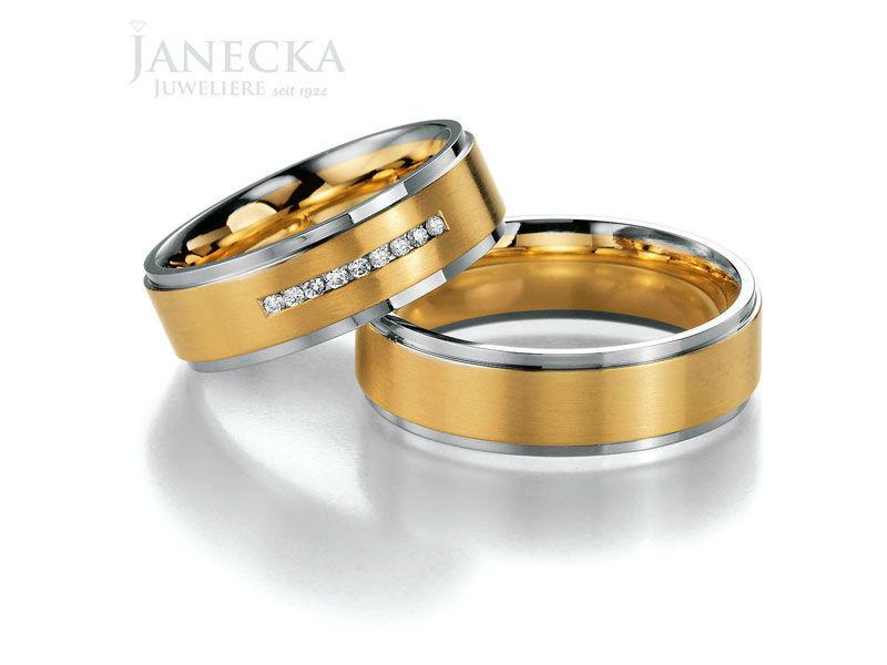 Beispiel: Eheringe mit und ohne Brillianten, Foto: Juweliere Janecka.
