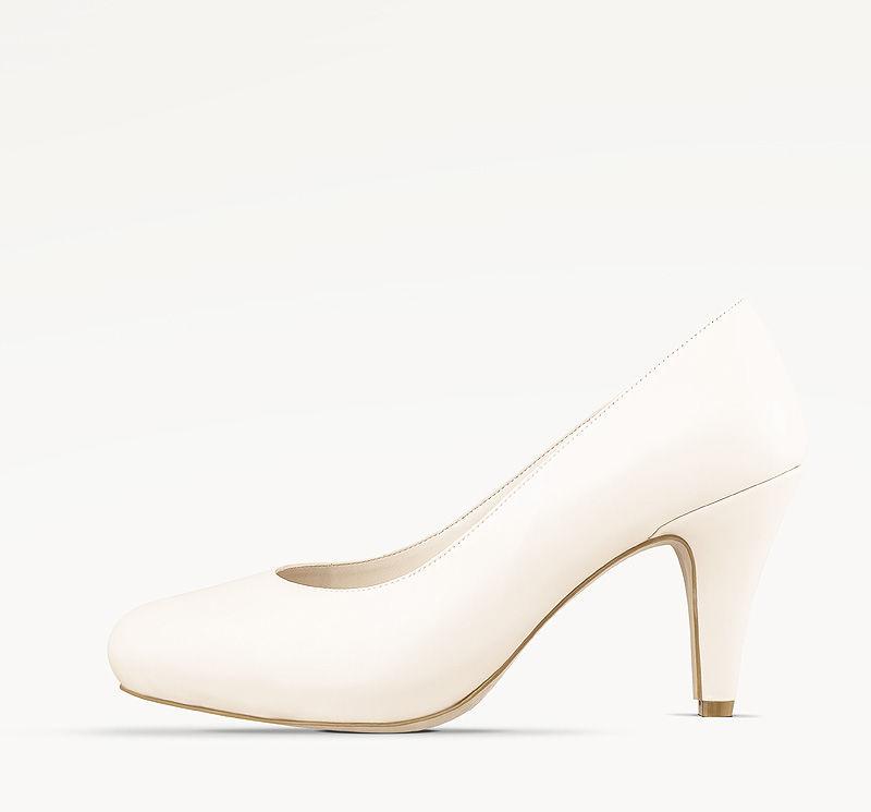 Zapatos de novia para tu día especial.  Busca estos ágatas en nuestro sitio web: http://www.laragazza.cl/producto/agata01/