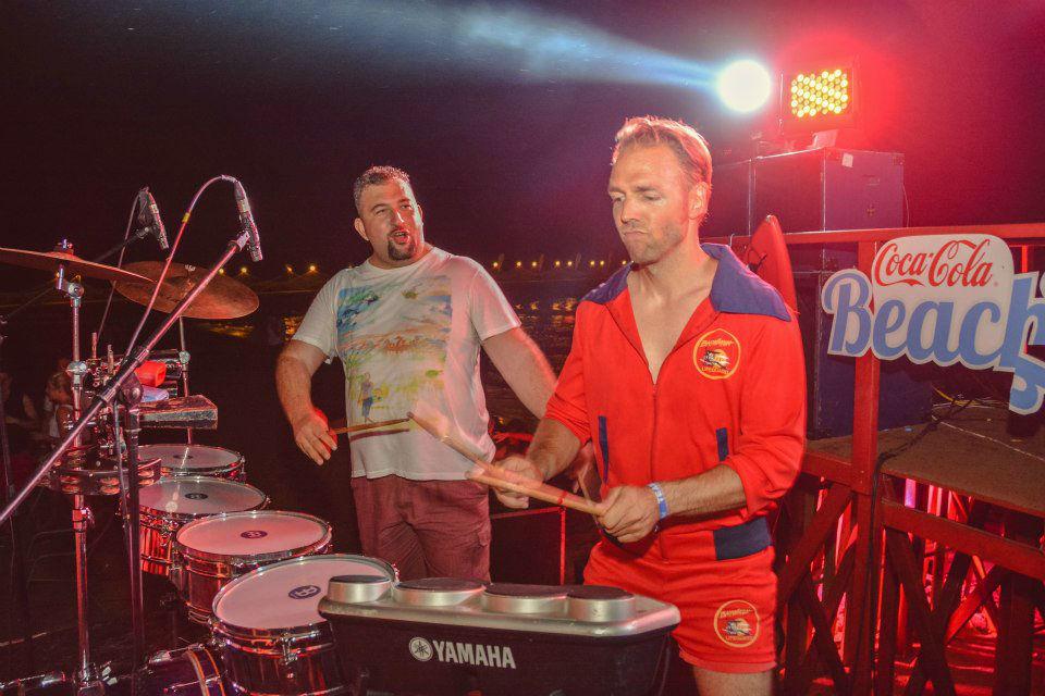 Beispiel: Ronny Leber am Schlagzeug, Foto: Ronny Leber Entertainment.