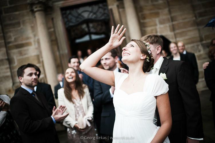 Beispiel: Brautpaar nach der Trauung, Foto: Georg Rekas.