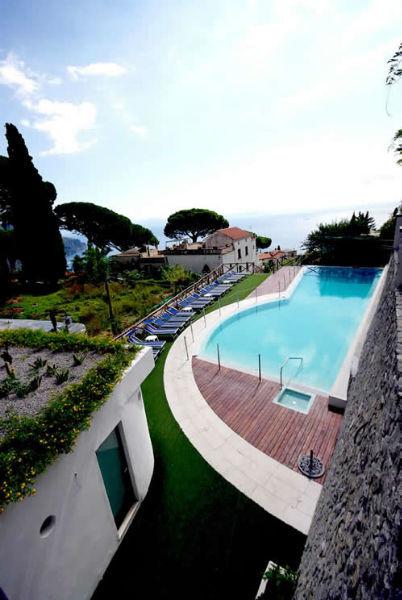 Piscina - Hotel Rufolo