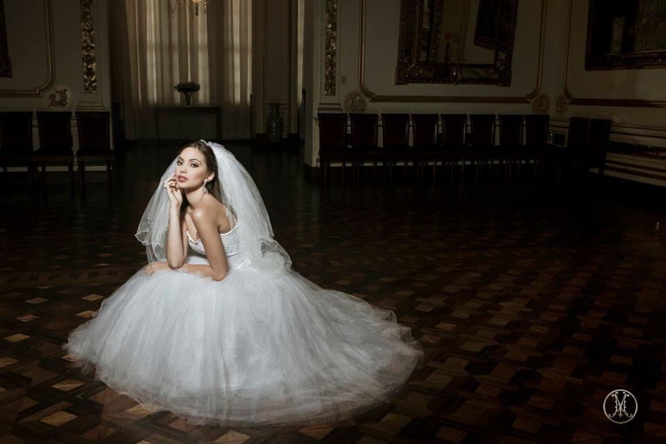 BRIDE - NATALIE VERTIZ