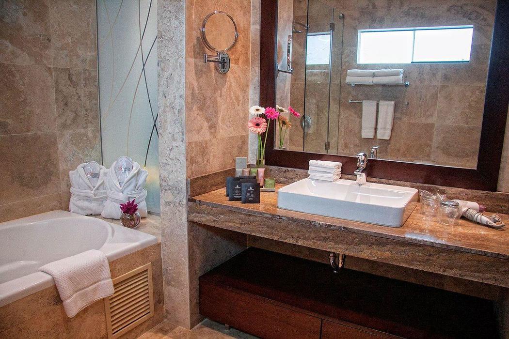 Bathroom Grand Suite De Luxe (hydromassage) Foresta Hotel Lima San Isidro