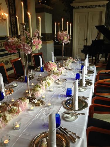 Beispiel: Tischdekoration, Foto: Schlosshotel Burg Schlitz.