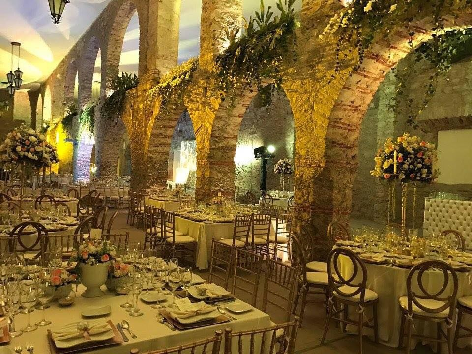 D' Gran Gala Banquetes