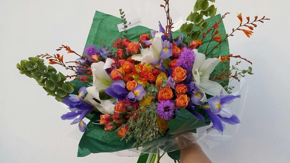 Colibri Flowers Studio