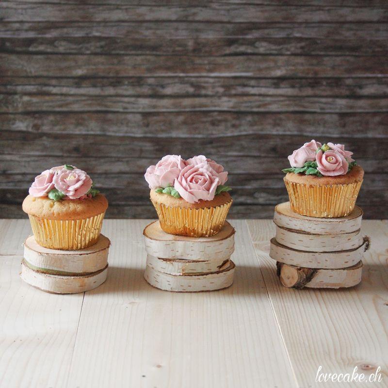 lovecake.ch Cupcakes mit Buttercrème Blumen