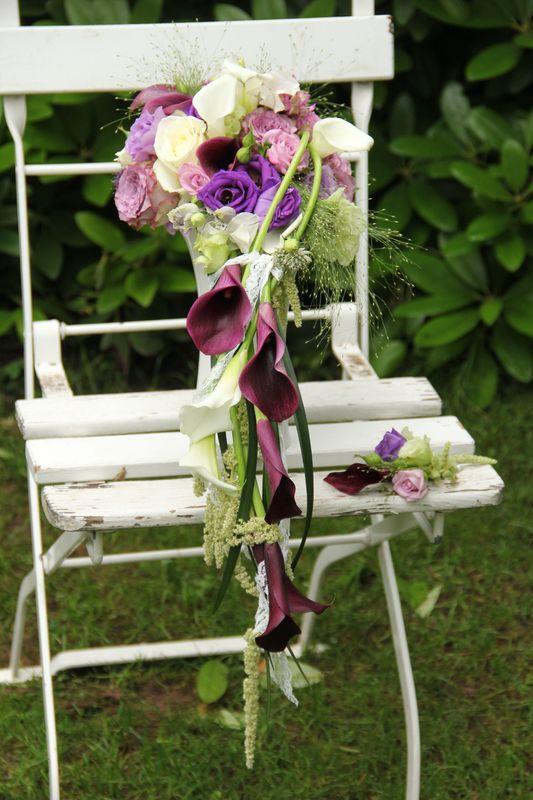 Lieblingsblüte Calla...begleitet von Rosen und Gräsern und gerne abfließend...extravagant. ❤