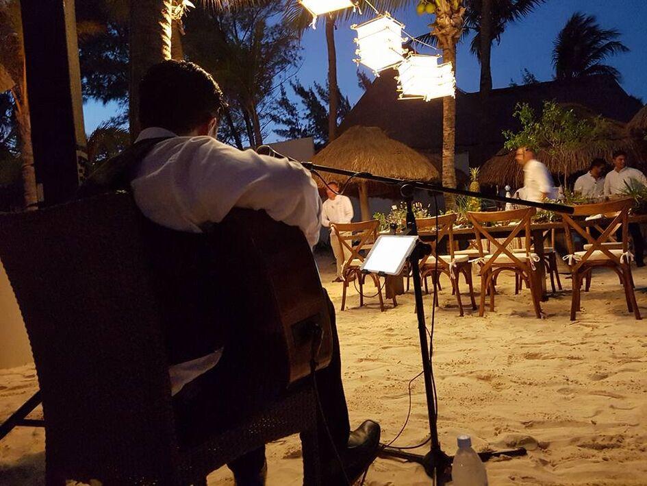Silver Band Cancún