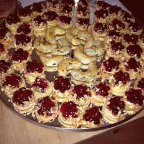 Beispiel: Dessert, Foto: Landgasthof Lacherdinger.