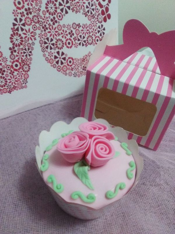 Kitty Cakes and Cupcakes