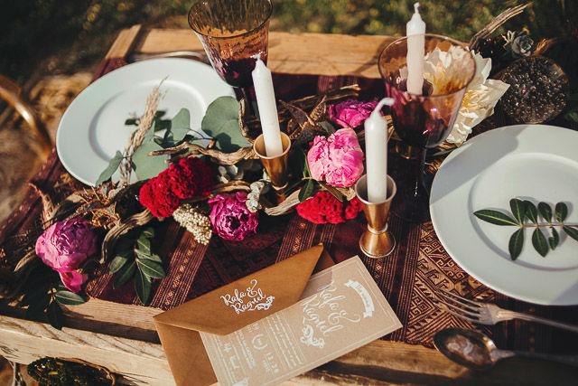 Invitación de boda estilo folk by Loveratory (editorial La Magia de Max).