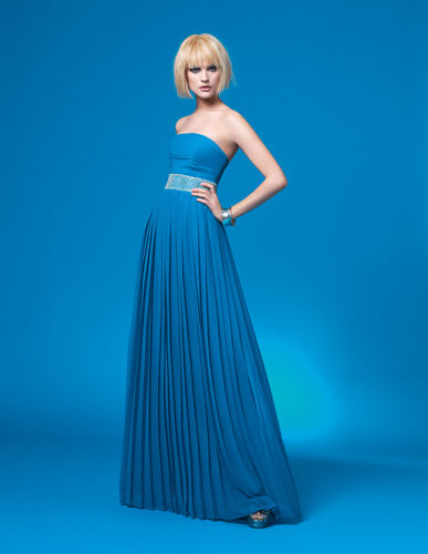 Vestido de Couture Club