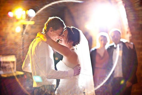 Beispiel: Fotos vom Brautpaar im Lichtermeer, Foto: asa400.