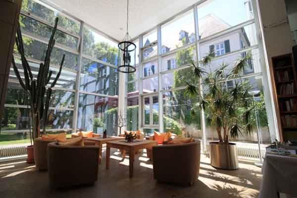Beispiel: Lobby, Foto: Schlosshotel Rockenhausen.