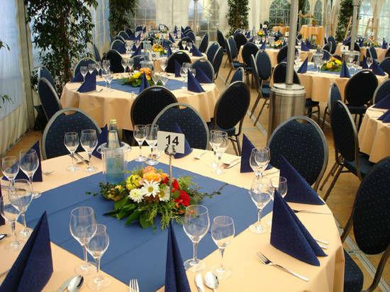 Beispiel: Dekoration und Vermietung von Mobiliar, Foto: Dwenger Catering & Events.