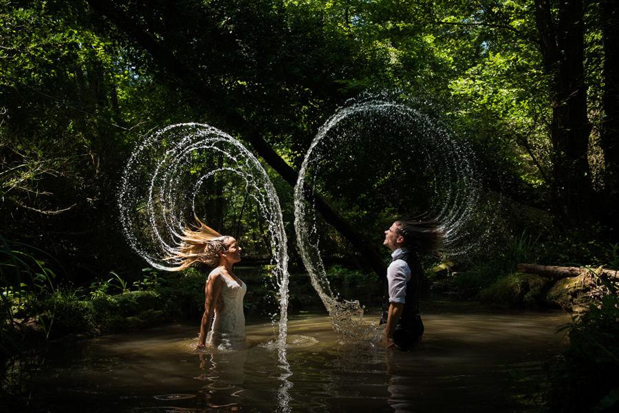 fotógrafo posboda río Girona