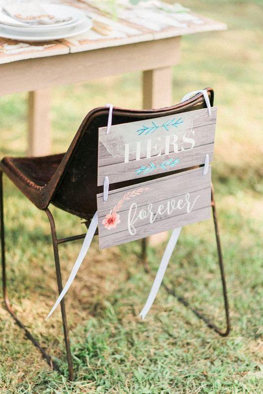 Sinalética cadeira dos noivos