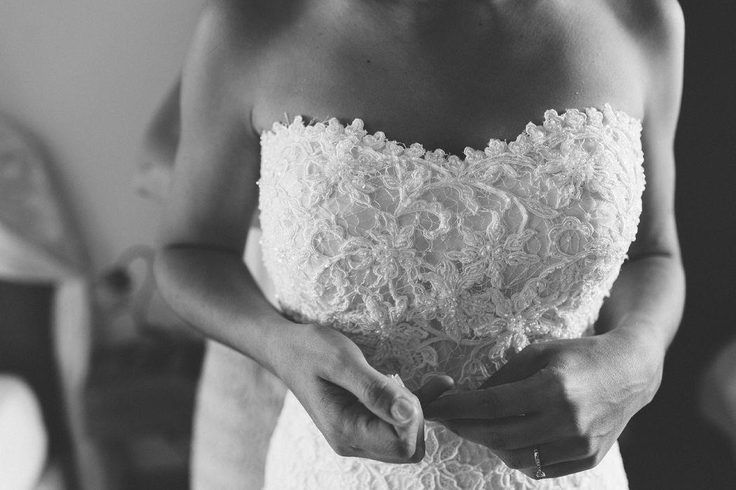 Robe de mariée. Floasis Events wedding planner. Photo Olivier pour Pearl.