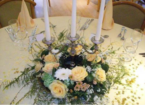 Beispiel: Tischdekoration, Foto: Blumen Reinhard.