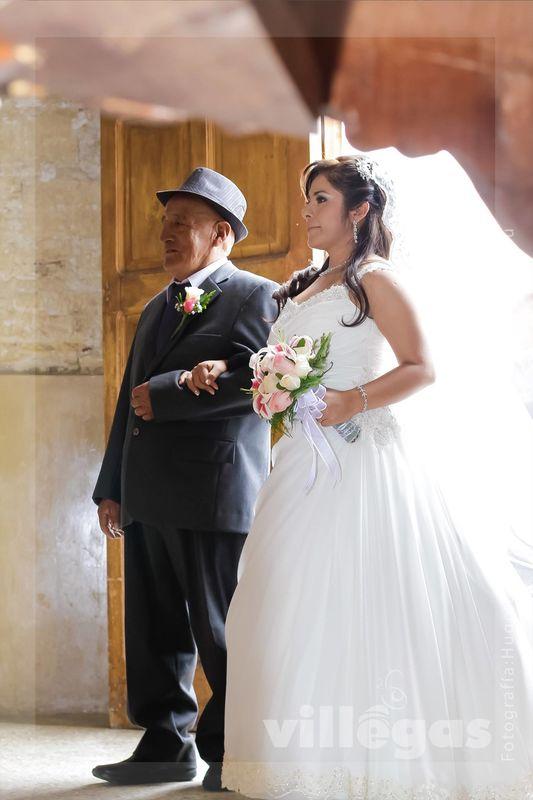 Ingreso de novia, Catedral de Huancayo