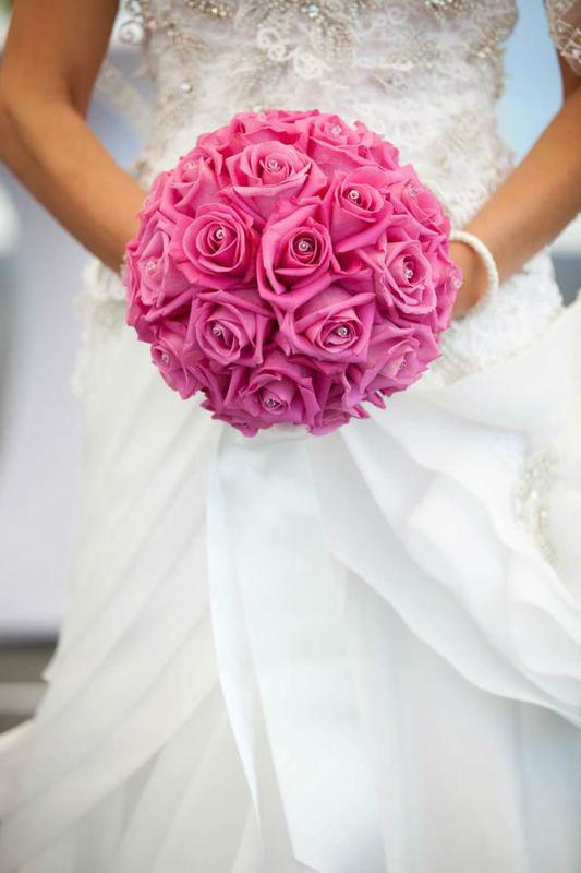 Beispiel: Atemberaubend schöne Brautsträuße, Foto: Luuniq.