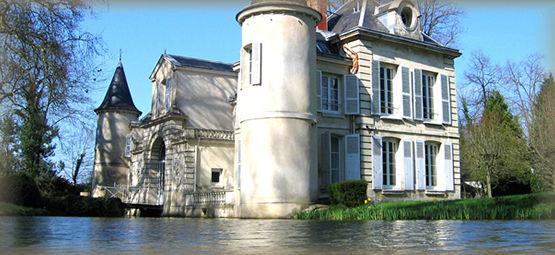 Château de Chaumontel Un Château sur l'eau..
