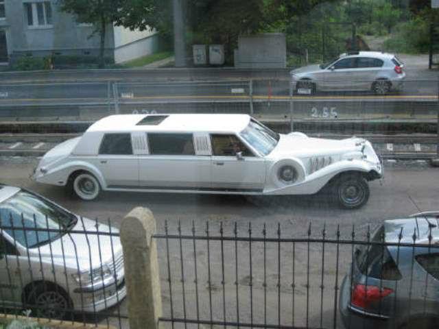 Beispiel: Hochzeitsauto, Foto: Hotel Villa Loschwitz.