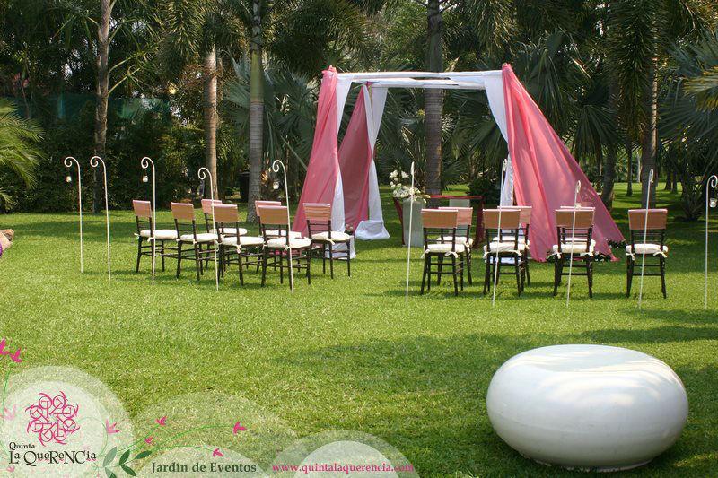Ceremonia en Gazebo de Bambú Entelado