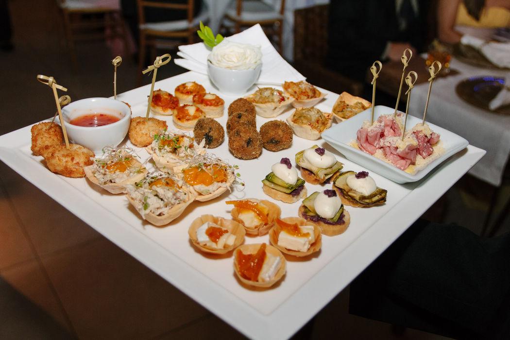 O Pier 151 trabalha continuamente com o buffet Marina Pontes que uma parceira constante e recebe inúmeros elogios dos noivos e convidados.