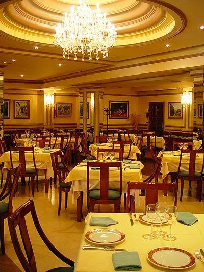 Restaurante Tiky