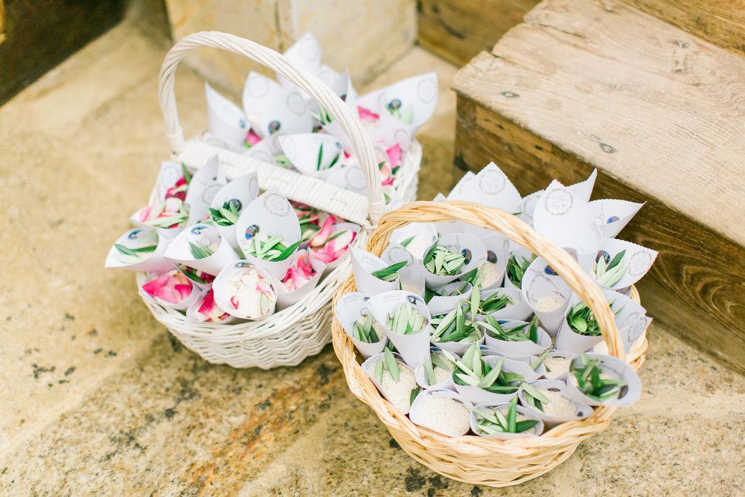 Casamento Ilda & Filipe - Cones de pétalas
