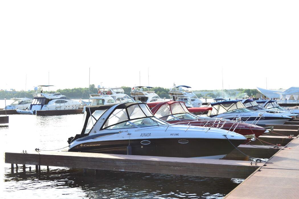 яхт-клуб Адмирал