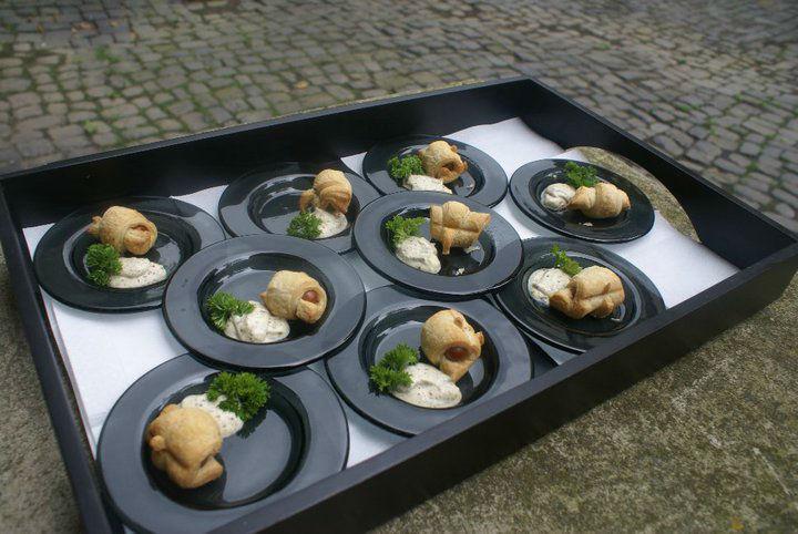 Beispiel: Flying-Buffet, Foto: Adel.es Catering.