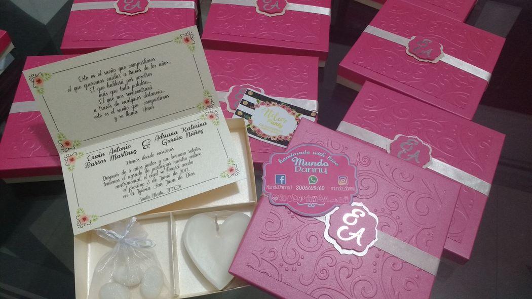 Invitaciones caja, almendras y vela corazon