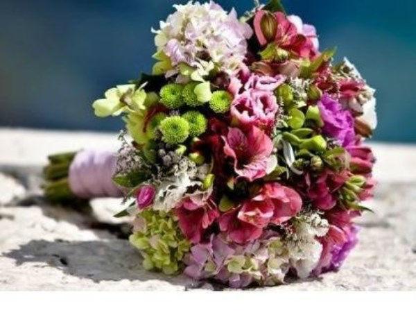 Beispiel: Brautstrauß, Foto: Blumen Luger.
