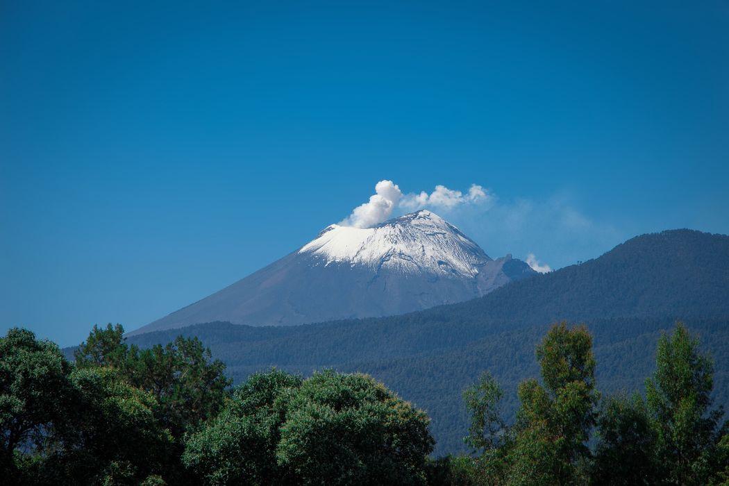 Vista al Volcán desde la Hacienda