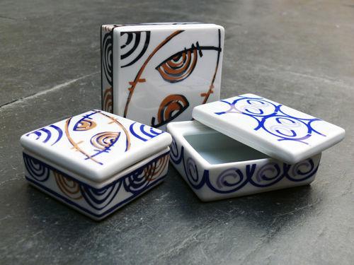 Cajitas de porcelana con posibilidad de grabar un texto