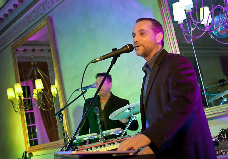 Beispiel: Gesang und Piano, Foto: Dirk Baumbach Live.