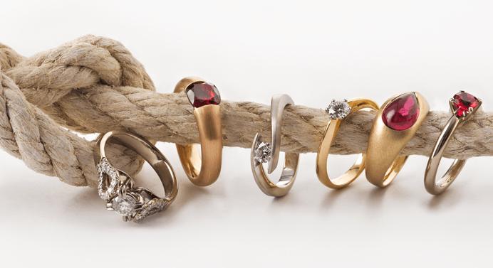 Beispiel: Verlobungsringe, Foto: Thomas Becker Atelier für Schmuck.