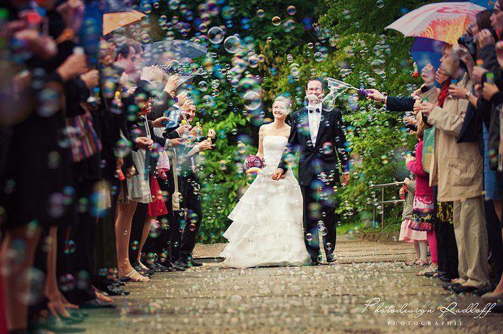 Beispiel: Fotos von der Hochzeitsfeier, Foto: Photodesign Radloff.