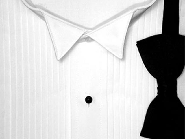 Beispiel: Masshemd und schwarze Fliege, Foto: meinhochzeitsanzug.ch.
