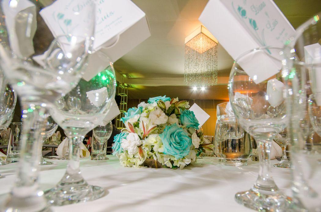 detalles sobre la mesa