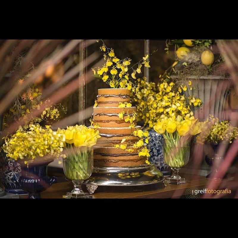 Naked cake orquídeas Oncidium amarela - CHuva de ouro