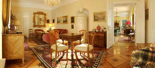 Beispiel: Roter Salon, Foto: Schloss Urschendorf.